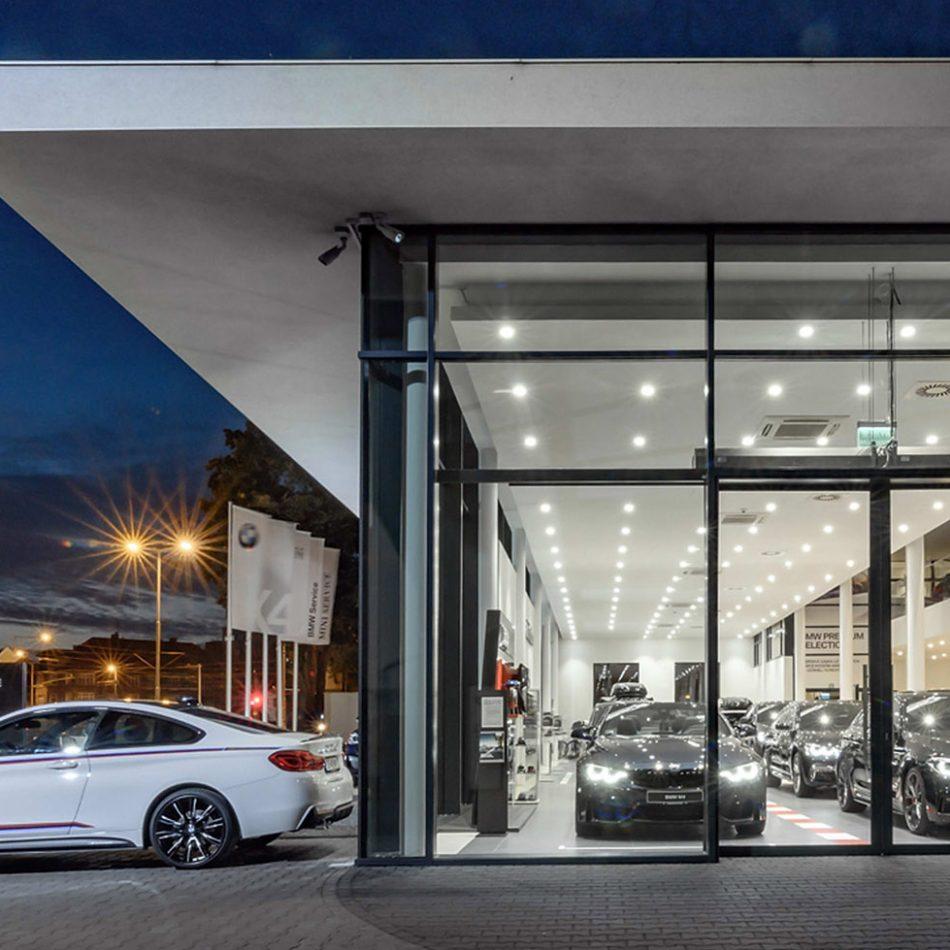 Salon samochodowy BMW w Gdańsku